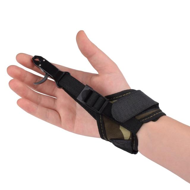 1 Pc Camo שחרור סיוע 80lbs מתחם קשת טריגר Caliper רצועת יד כלי אביזרי נוער קשת חץ וקשת קשת משלוח חינם