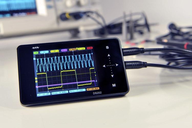 DS202 Mini Digital Oscilloscope 2-channel Oscilloscope USB Interface Full Color TFT Display 8MB Memory Storage 1MHz 10MSa/s