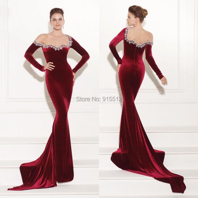 b9ca3ca83ae6 Special Prom Mature Lady Scoop Neckline Long Sleeve Evening Gown Models  Long Red Velvet Dress