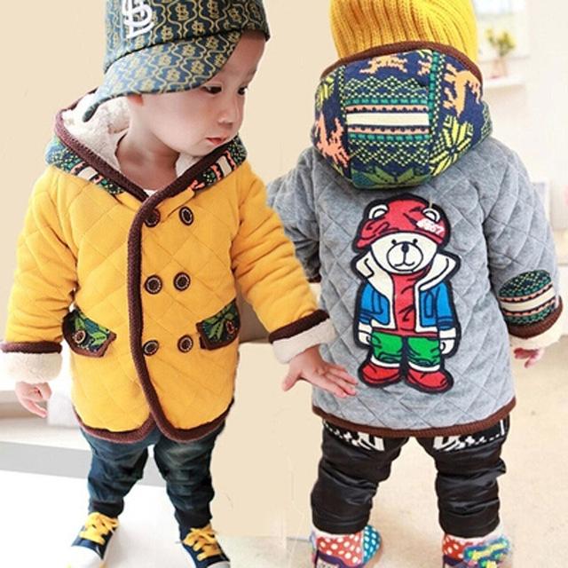 Nueva 2016 otoño invierno oso de la historieta muchachas de los bebés con capucha tops de terciopelo cálido abrigo y chaquetas para niños clothing