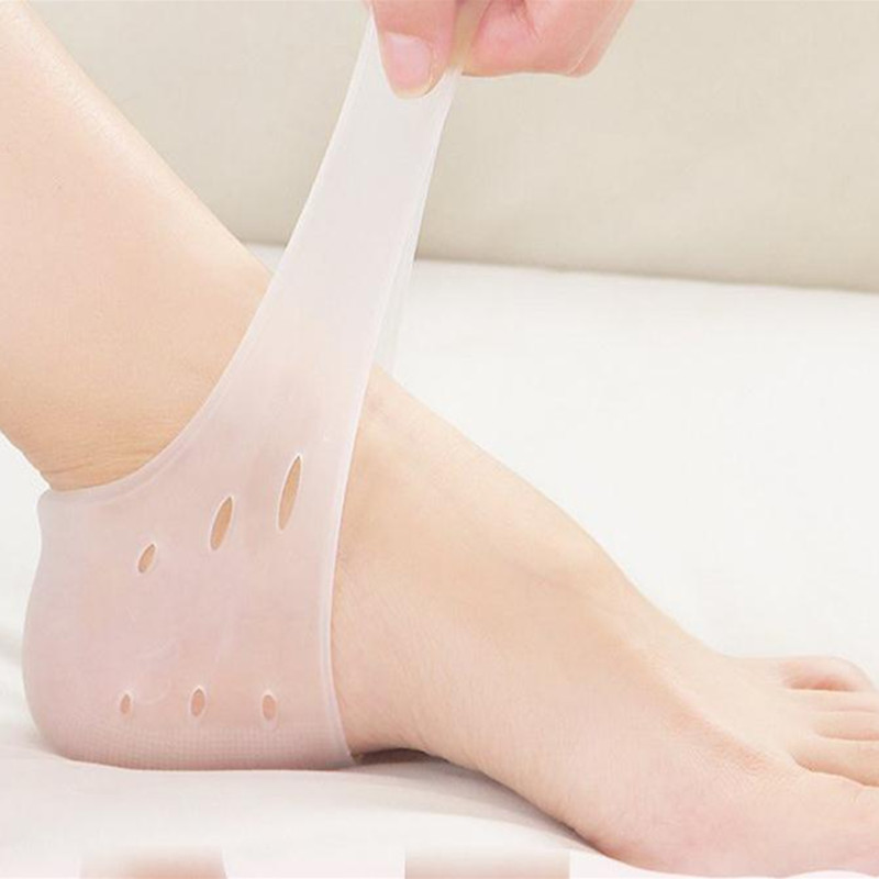Brand New arriver feet care socks 2PCS New Silicone Moisturizing Gel Heel Socks with hole Cracked Foot Skin Care Protectors hti фермерский грузовой автомобиль roadsterz c трактором цвет трактора синий