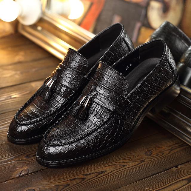 Men Pointed Toe Alligator Shoes Fringe Slip On Men Shoes Tassel Loafers Artificial Leather Shoes For Men 2018 New Design