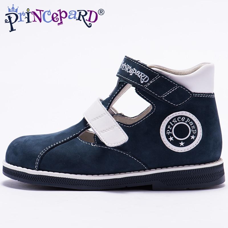 7223b6076 Aliexpress.com  Comprar Princepard 2018 nuevo verano ortopédicos sandalias  para niños de microfibra Zapatos gris azul marino zapatos ortopédicos de  cuero de ...