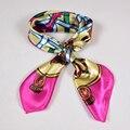 Cadeia de Marca de moda Feminina Lenços De Cetim Impresso Venda Quente Acessórios de Vestuário Das Mulheres de Todos Os Jogo Pequeno Lenço Quadrado Rosa, Laranja
