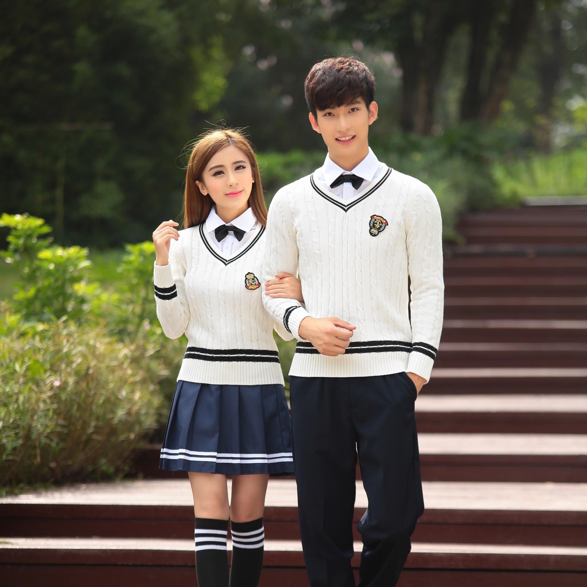 cd1e281c85bde Japão Coreia Do Uniforme Da Escola Meninas de Algodão Camisola + Camisa +  Saia Conjunto de. R  188