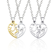 цены на Fashion Titanium Steel Couple Necklace Set Gold Silver Men and Women Peach Heart Combination Pendant I LOVE YOU Lover Jewelry  в интернет-магазинах