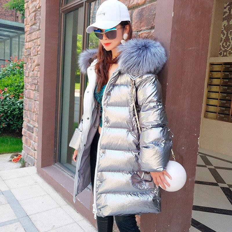 2018 nouvelle mode D'hiver Femmes argent Chaud Vers Le Bas Veste À Capuchon Vestes long manteau Chaud Slim réel fourrure de raton laveur À Capuchon parka Manteau
