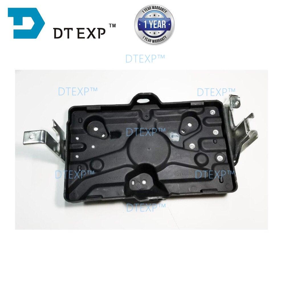 Mr440935 Battery Tray For Pajero V73 Battery Cover For MONTERO Holder For V75 V77 V93 V97 V87 V98 4M41 8201A087 Petrol Car