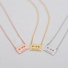 445d50b4fb27 Collares colgantes de cinta de moda hermosa cinta de música modelo colgante collares  para conmemorar a los jóvenes de los collar.