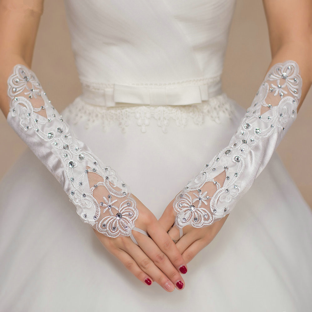 Free Shipping 2018 Bridal Gloves Applqiue With Rhinestone Fingerless Gloves Wedding Gloves