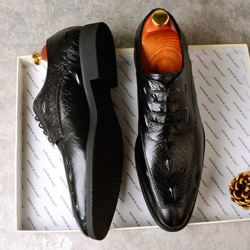 2018 New Summer And Autumn Men's Business Casual Shoes England Leather Lace Dress Shoes Paired With Suit Shoes green casual lace beaded suit