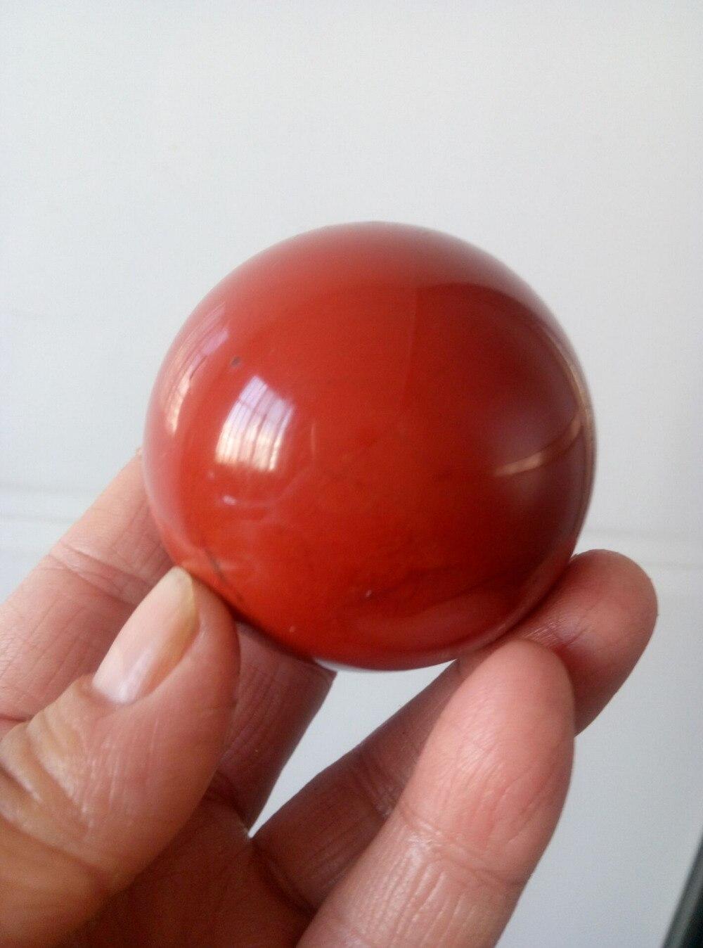 Boule de sphère de cristal de quartz de jaspe rouge naturel de 53mm guérissant