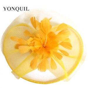 Image 5 - Żółty z kwiatami i piórami Fascinator ślubny klips do włosów i opaski zimowe Party royal ascot Bridal Church show Hat świetna jakość