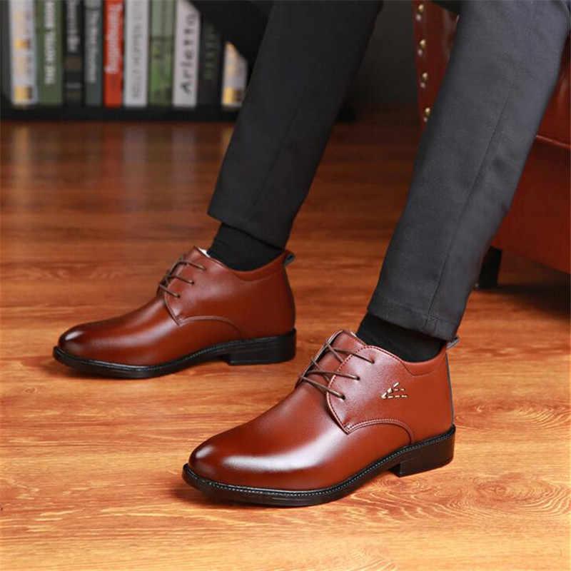 Erkekler Kış yarım çizmeler Klasik Erkek su geçirmez botlar Adam Kış sıcak Kürk Kar Botları Erkekler Kaymaz Iş deri ayakkabı Çizme 2019