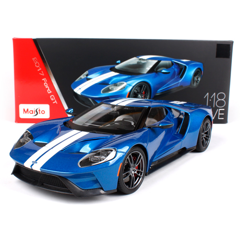 maisto 1 18 2017 ford gt sports car hardback diecast model. Black Bedroom Furniture Sets. Home Design Ideas