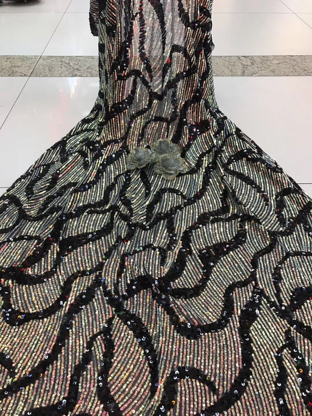 French lace fabric 5yds/pce dhl full colorful sequins net fabrics women gorgeous luxury lagos party nigerian wedding asoebi 2019French lace fabric 5yds/pce dhl full colorful sequins net fabrics women gorgeous luxury lagos party nigerian wedding asoebi 2019