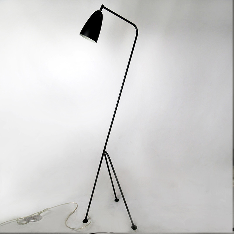 Modern Floor Lamp Black Metal Lamp Shades Adjusted Angle AC 110V   220V For  Dining Room