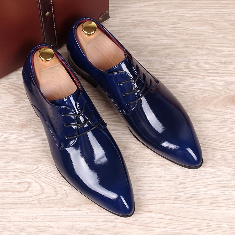 ФОТО Spring Autumn Men Oxfords shoes Pointed toe Fashion business casual shoes Cow Split leather Brogue Shoes Male Flats
