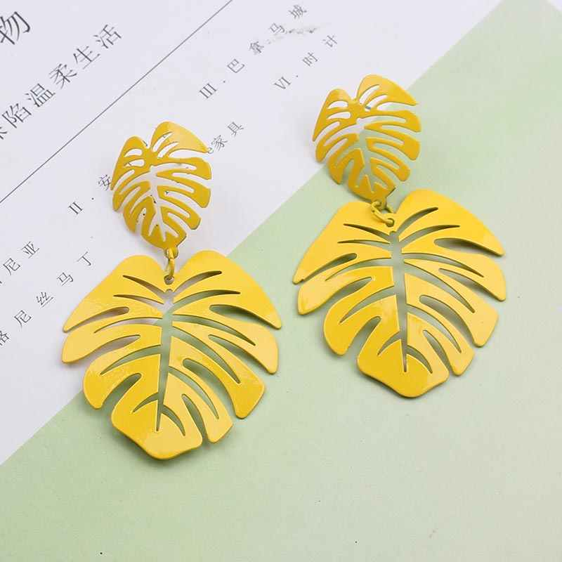 Big Gold Leaf Earrings Long 2019 Vintage Geometric Statement Earrings for Women Hollow Metal Silver Leaves Earring Green Yellow