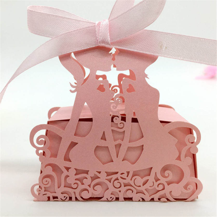 Luxury Wedding Love Candy Box Creative Laser Cut Kiss Candy Bag ...