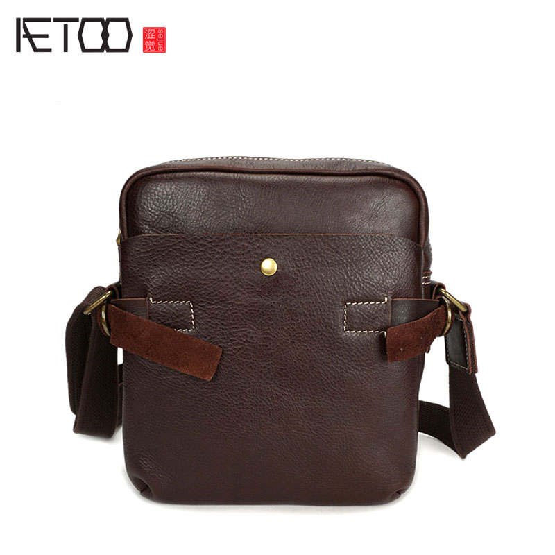 AETOO First layer of leather men shoulder bag hand zipper travel bag leather Messenger bag retro male bag famous brand top leather handbag bag 2018 new big bag shoulder messenger bag the first layer of leather hand bag