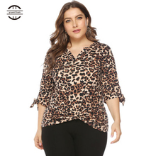 2019 Spring Big Size Womens Shirts Leopard Print Tops Three Quarter Sleeve Sexy V Neck Tee Shirt Femme Plus Fashions