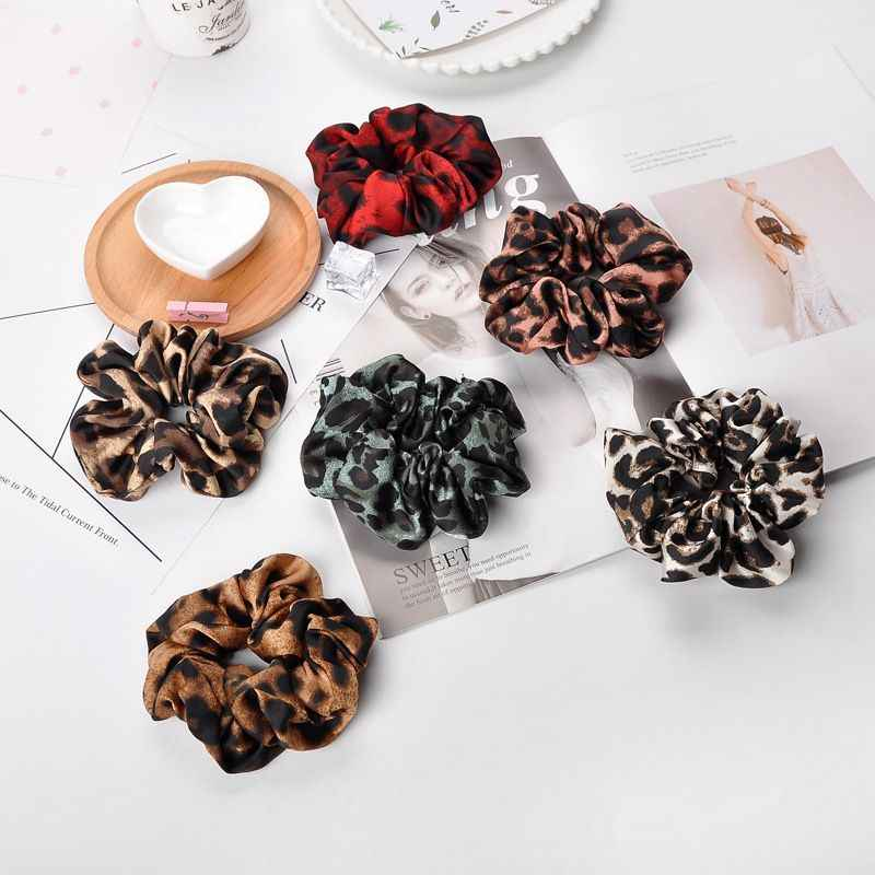 1pcs Leopard Rubber Band Soft Women Winter Hair Band Vintage Velvet Scrunchies Ring Elastic Bobble Sports Dance Hair Bands