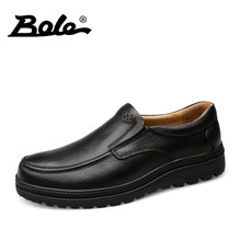BOLE 38-46 Big Size Handmade Leather Men Shoes Autumn Slip on Round Toe Men Leather Shoes Comfort Driving Loafers Flat Shoes Men