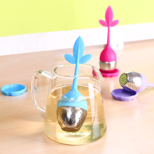1pcs Silicone Reusable Strainer Sweet Leaf Tea Infusers Novelty Tea Bag Herbal Spice Filter  Loose Leaf Herbal Spice Filter Tool
