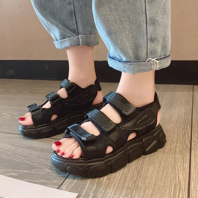 Summer ladies sandals black white platform sandals chunky fashion comfortable womens platform shoes flat sandalsSummer ladies sandals black white platform sandals chunky fashion comfortable womens platform shoes flat sandals