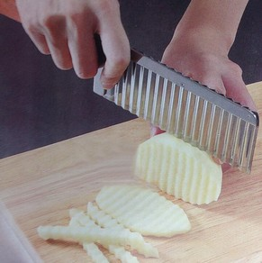 Potato wavy cut edged knife stainless steel plastic handle kitchen gadget vegeta