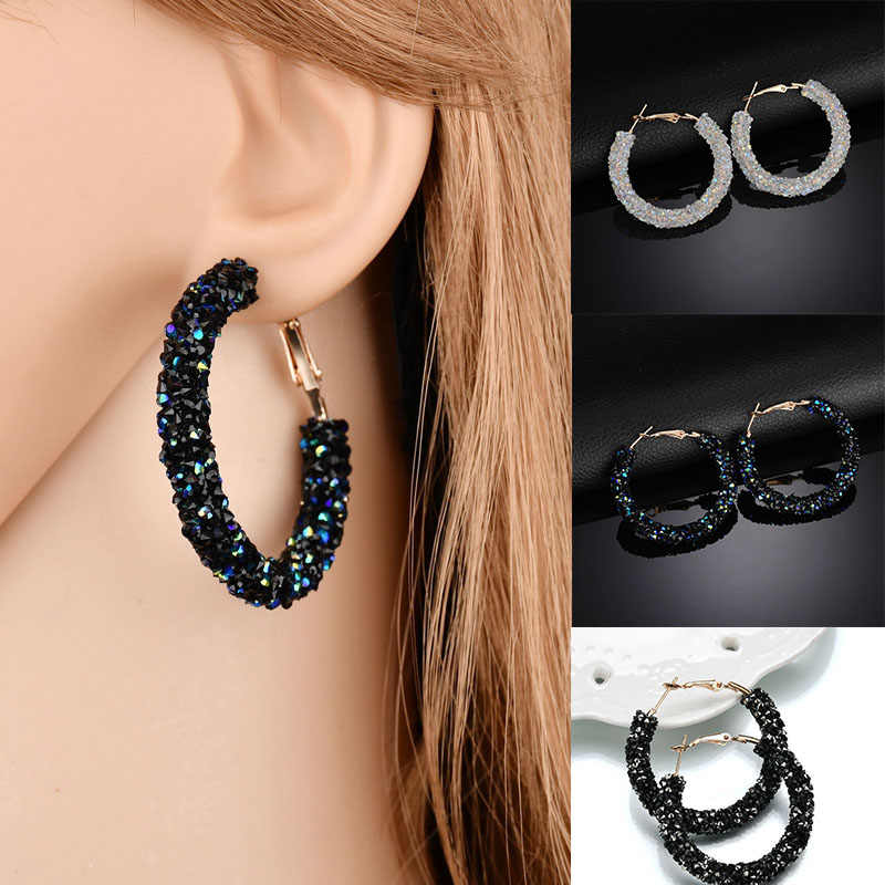 2018 New  Fashion Bling Bling Hoop Earrings For Women Shiny Crystal Hollow Round Circle Ear Jewelry Gift For Wedding Brincos