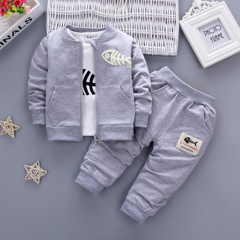 2017 New Autumn Baby Girls Boys Minion Suits Infant/Newborn Clothes Sets Kids Coat+T Shirt+Pants 3 Pcs Sets Children Suits