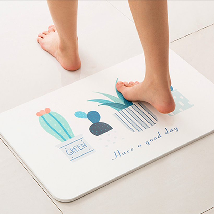 Bathroom absorbent diatom Non-slip pad Environmental protection household water fast dry bathroom mat diatom mud mat Care BrushBathroom absorbent diatom Non-slip pad Environmental protection household water fast dry bathroom mat diatom mud mat Care Brush