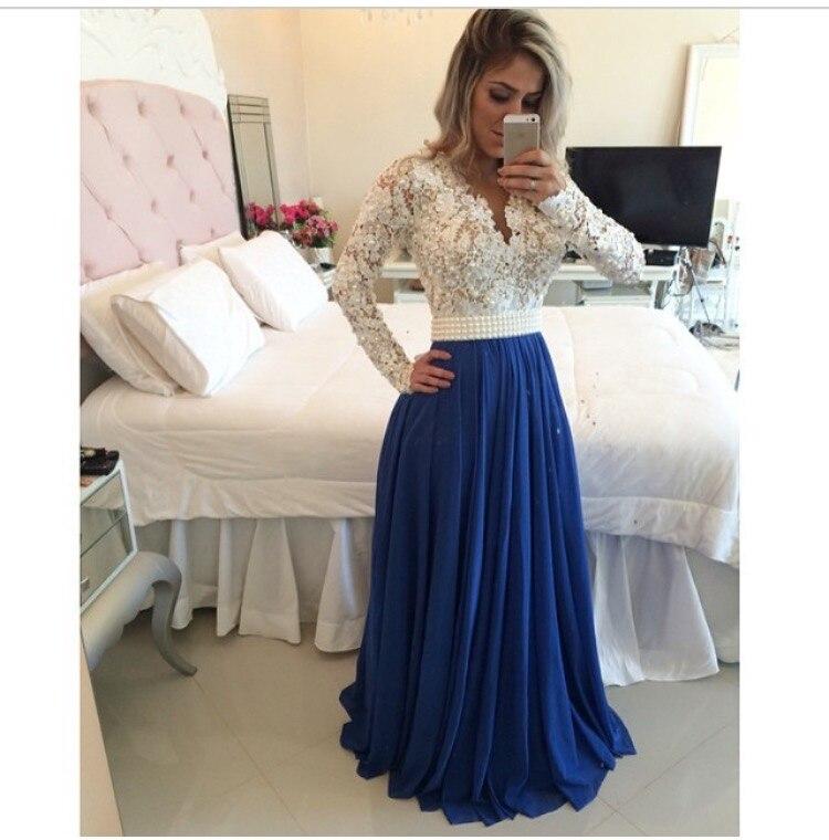 Vestido largo azul rey con blanco