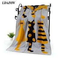 LDAJMW Cotton Gauze Adult Cartoon Towel Bath Towel Textile Large Thick Towel Hotel Bathrobe Beach Towel