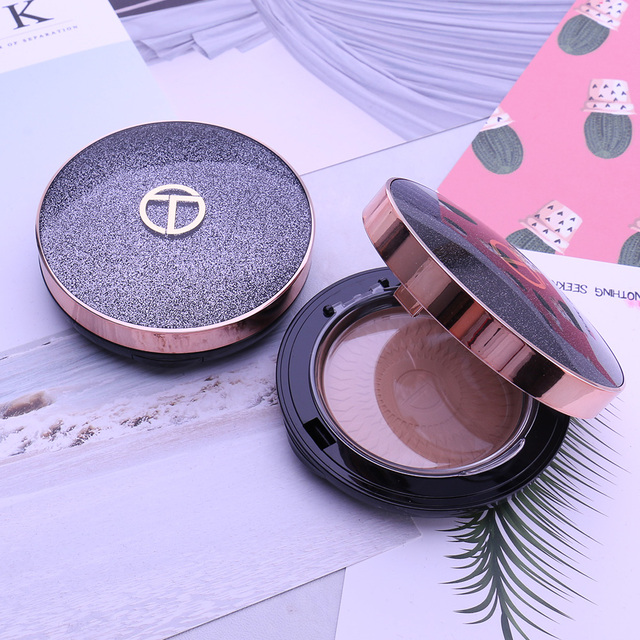 O.TWO.O Natural Face Powder Mineral Foundations Oil-control Brighten Concealer Whitening Make Up Pressed Powder With Puff 4