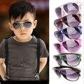Varejo de Moda de Nova Criança Legal Crianças Óculos de Sol Meninos Meninas Crianças óculos de Sol Óculos de Armação de Plástico Óculos
