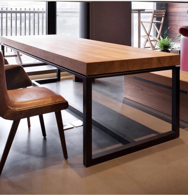 País de américa para hacer el viejo retro madera hierro forjado mesa ...