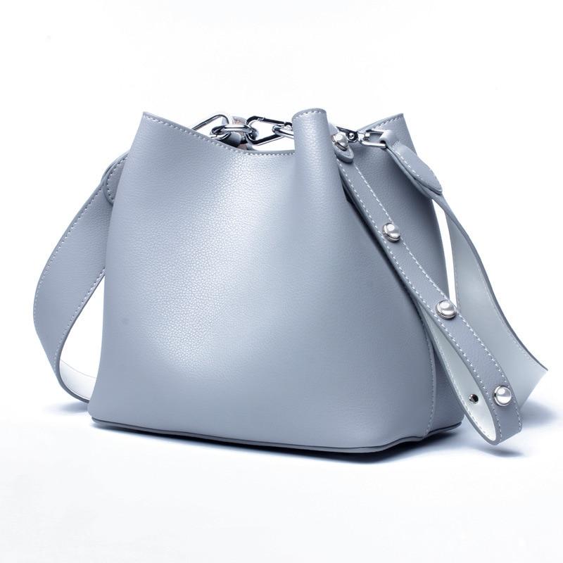 Women\'S Korean Version Of The Wild Leather Bucket Shoulder Bag Cowhide Pure Color The Zipper Handheld Diagonal Shoulder Bag