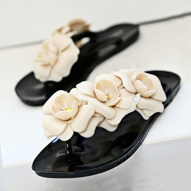 1c085a94634156 Flip flops flower solid beach shoes crystal flat with summer shoes 2017 new  large size 5.5-9 pantufa outside shoes woman