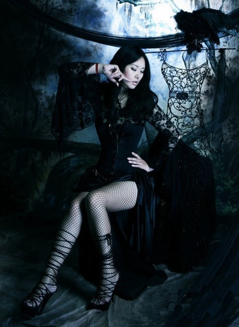 Custom Made Black Gothic Corset Wedding Dresses With Long Sleeves ...
