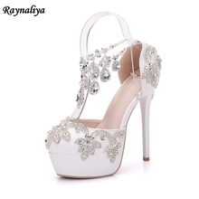 купить Handmade Crystal Wedding Shoes For Bride High Heels Sandals White Elegant Summer Sandals 2018 New Shoes XY-A0077 дешево