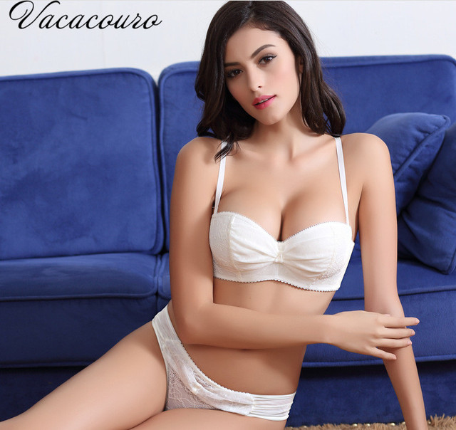 2017 Brand Sexy Lace Embroidery Bra Set Underwear Seamless Push Up Bra and Lingerie Set For Women BS115