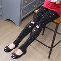 Calças do bebê leggings meninas outono de 2016 crianças preto dot calças compridas crianças dos desenhos animados lápis calças finas primavera menina leggings de algodão