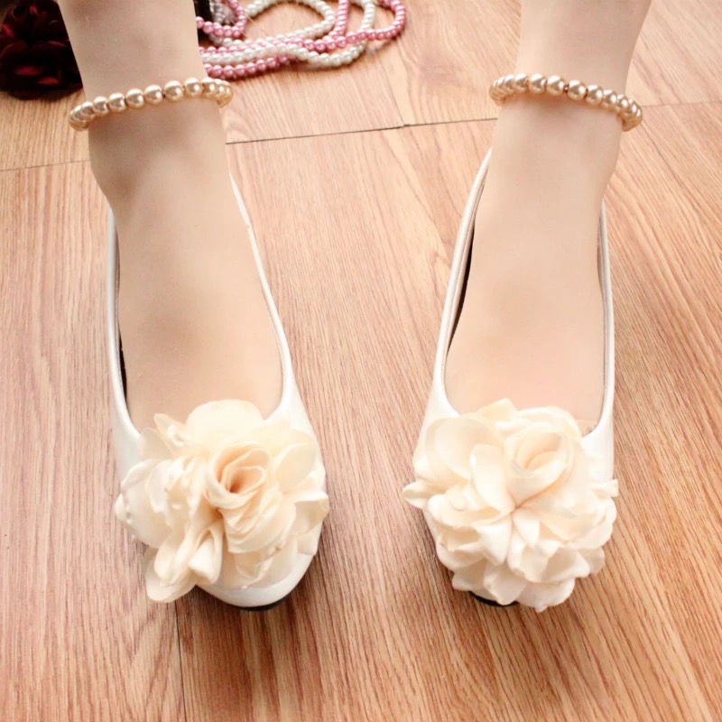 e5053450b Fashion Women Flats Shoes White Round Toe Pearl Lace Up Ballet Flats Flower Wedding  Shoes PU-in Women's Flats from Shoes on Aliexpress.com | Alibaba Group