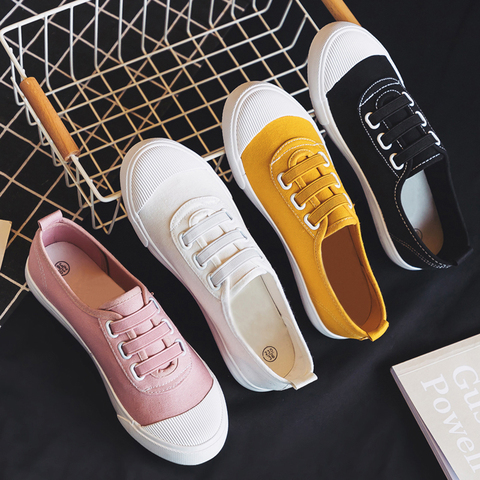 Women Casual Shoes 2019 Spring summer outdoor Sneakers Women Canvas shoes Girl shoes Flats classic white student shoes Pakistan
