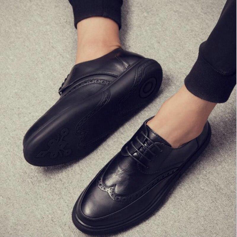 Herrenschuhe Formelle Schuhe Neue Ankunft Luxus Italienischen Marke Männer Leder Wohnungen Männer Britischen Brogue Kleid Schuhe Formale Business Oxfords Schuhe Für Männer Vv-24 Bequemes GefüHl