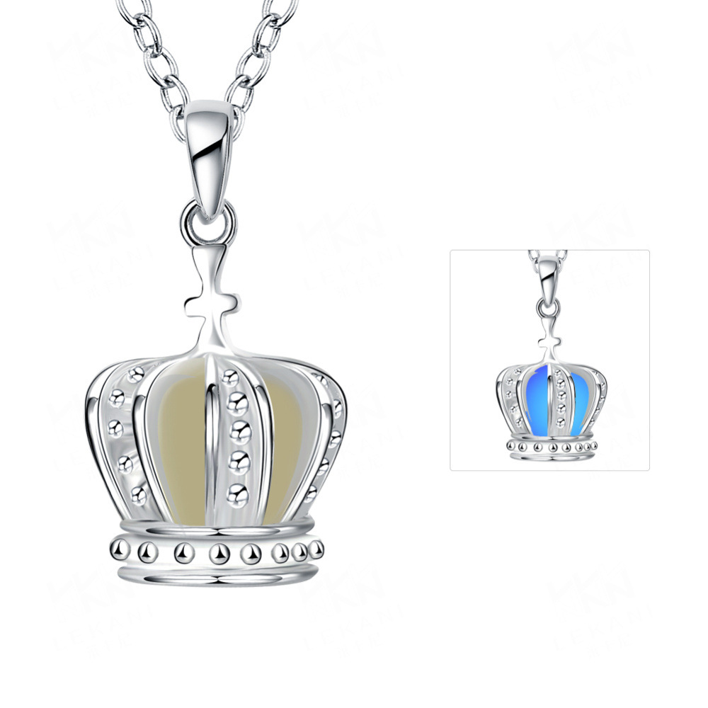 10pcs Free Shipping Silver Plated Glow In The Dark Jewelry Vintage Crown Pendant Glowing Hollow Women Necklaces & Pendants