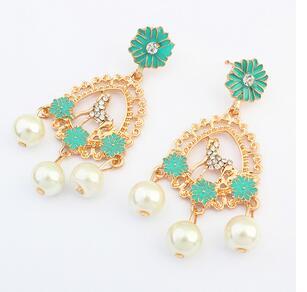 wholesale 4Pair 8PC Mens Women Oval Earrings Fresh fashion pearl earrings land in Drop Earrings from Jewelry Accessories